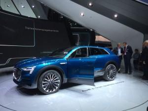 Soll Tesla ab 2018 das Fürchten lehren - Audi E-Tron Quattro Concept